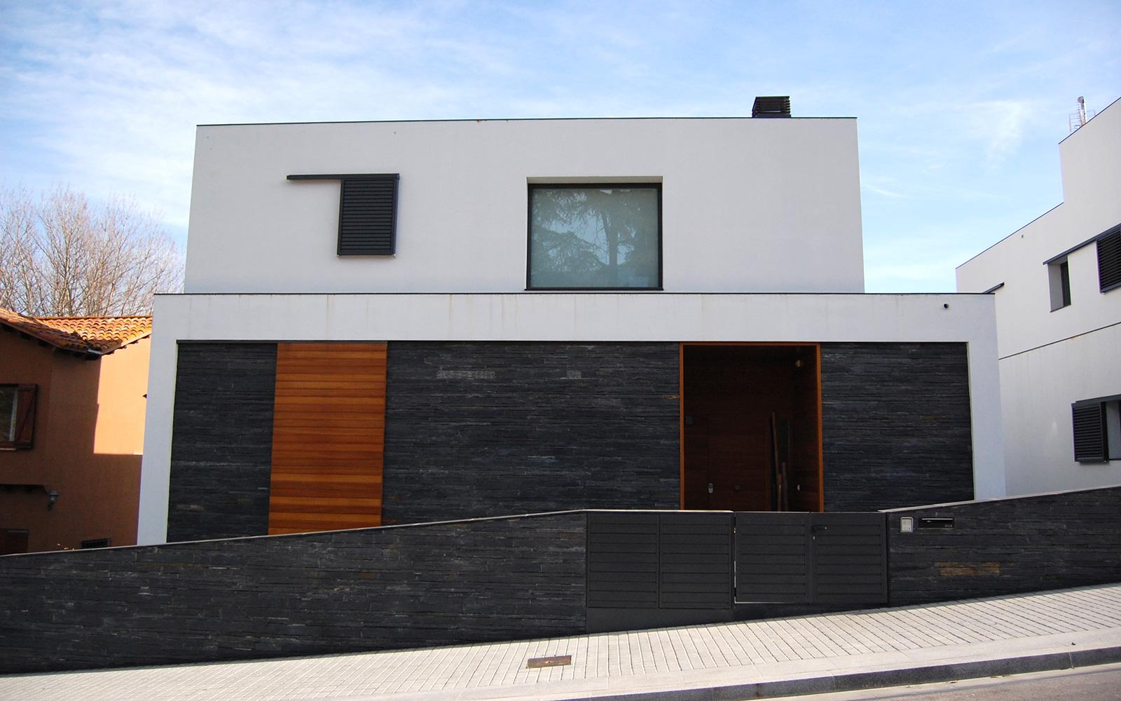 Centelles house